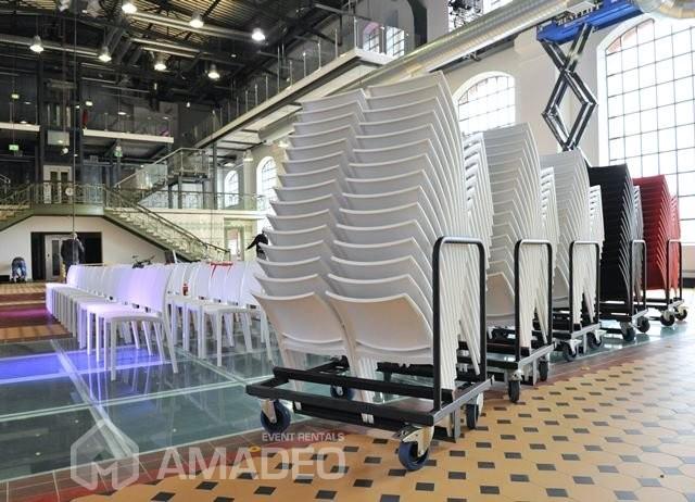 wynajem bialych krzesel eventowych MAYA 07